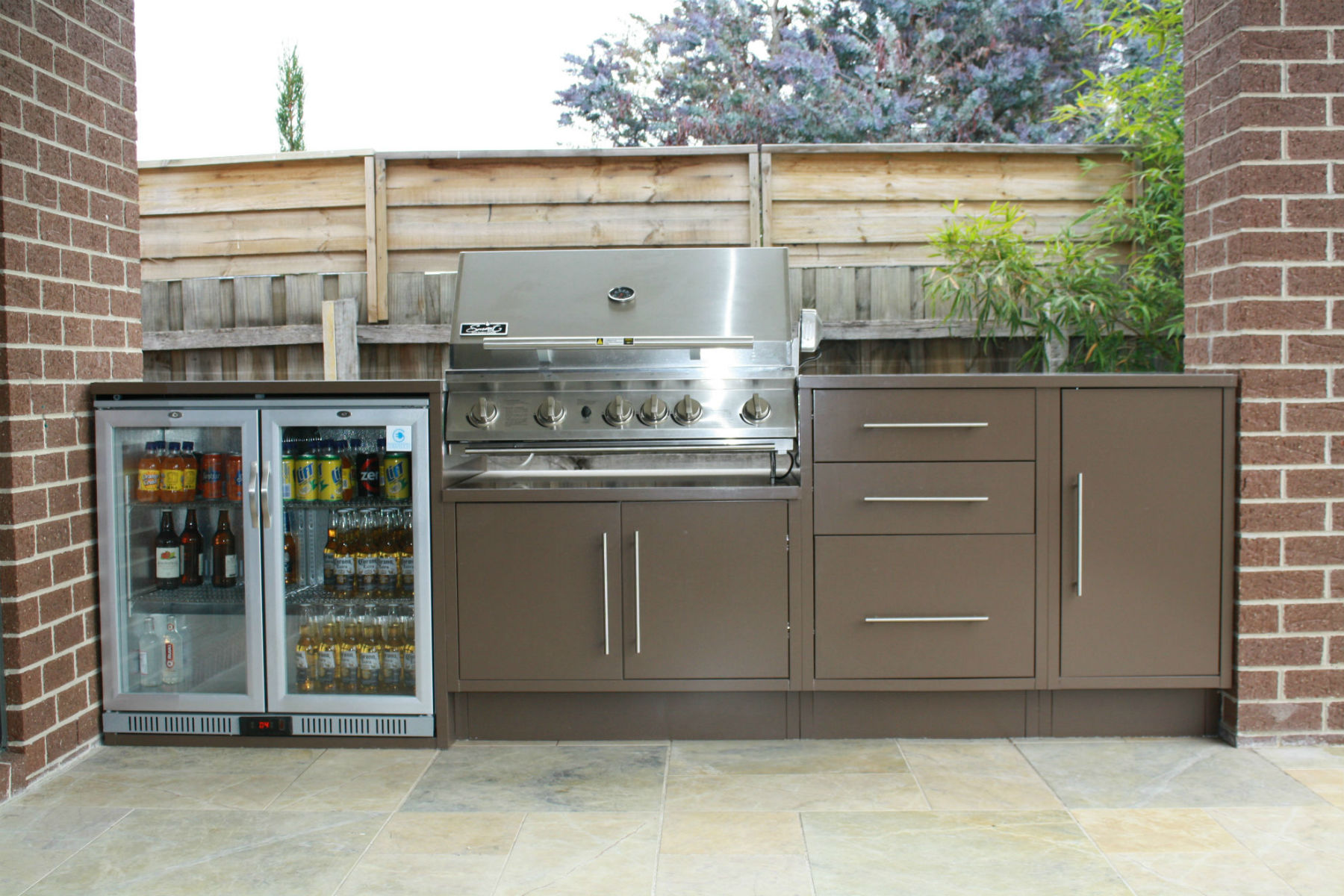 Outdoor Kitchens Essendon North I Custom Designed Alfresco